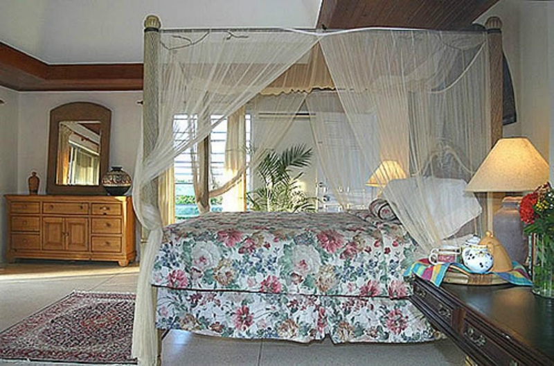 Room Allamanda Estate