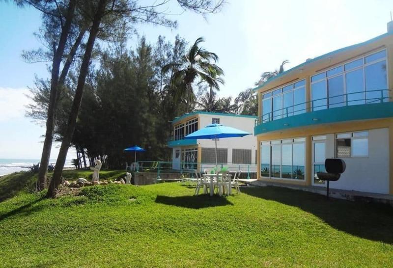 El Jardin Resort