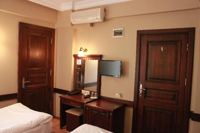 Room Sultan Hill