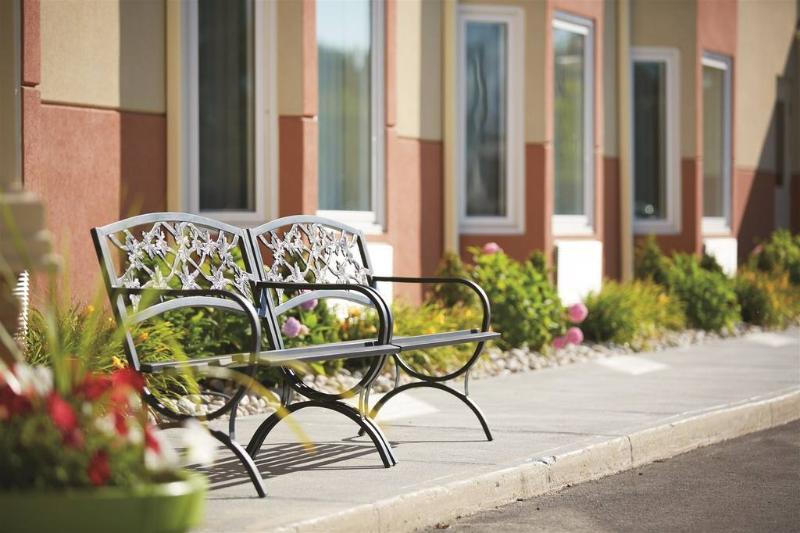 Terrace Quality Inn