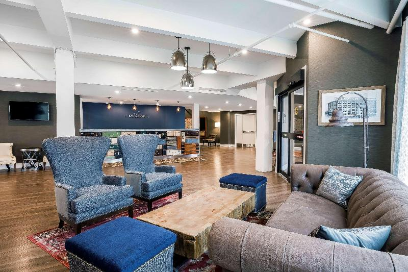 Lobby Envision Hotel Boston-everett, An Ascend Hotel Col
