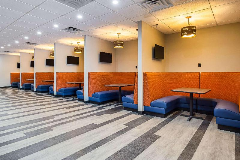 Restaurant Clarion Inn & Suites Downtown Knoxville