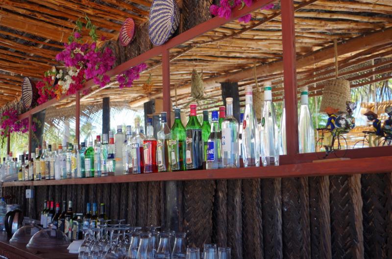 Bar The Sands Beach Resort