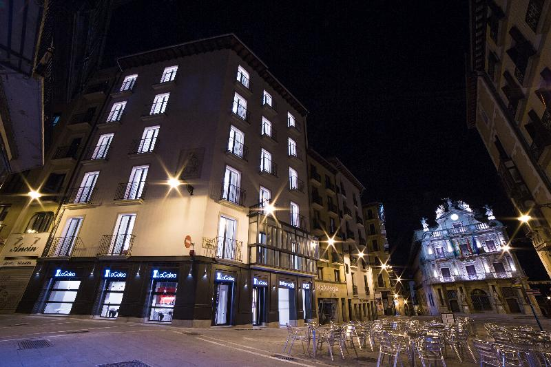 imagen de hotel Pompaelo Urban Spa
