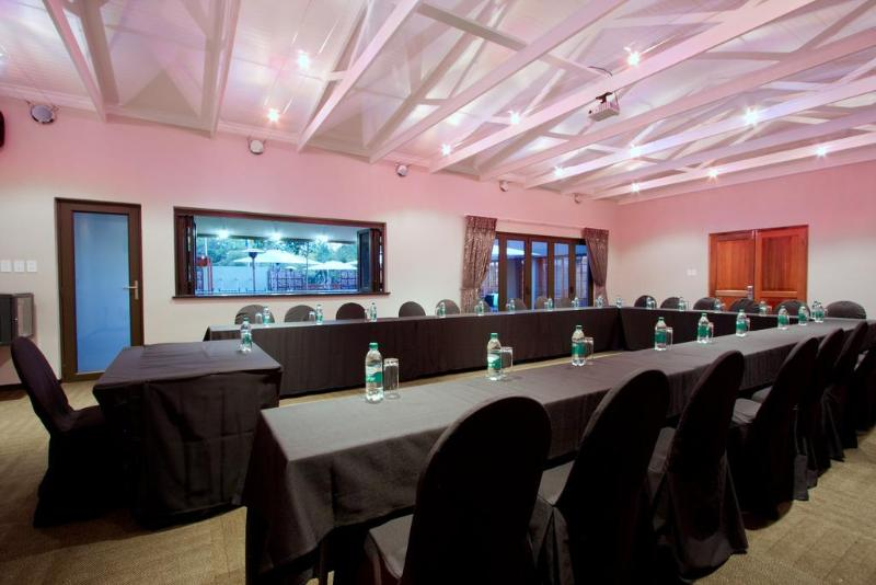 Conferences Hotel 224 Serviced Apartments