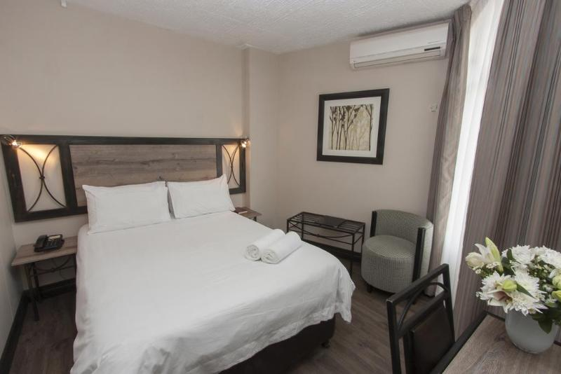 Room Hotel 224 Serviced Apartments