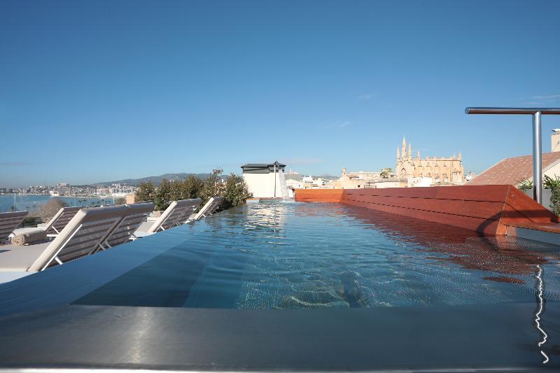 Pool Es Princep