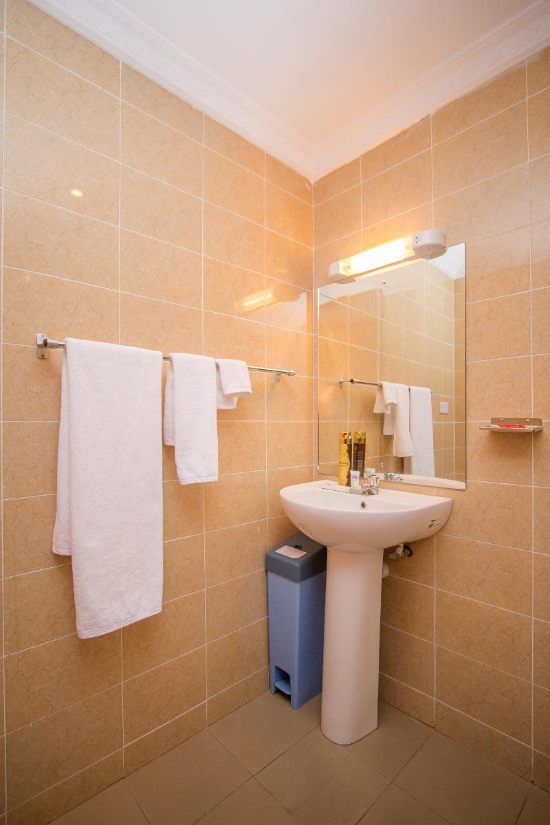 Room Hyatt Palace Hotel