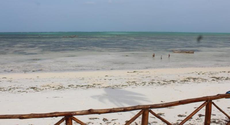 Beach Nyamkwi White Sands