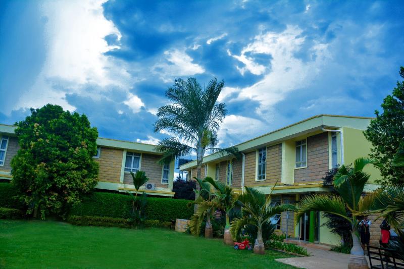 Кампала - Esella Country Hotel