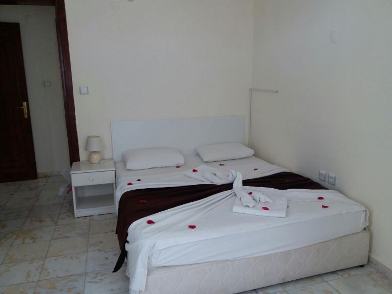 Side Papaya Apart Hotel