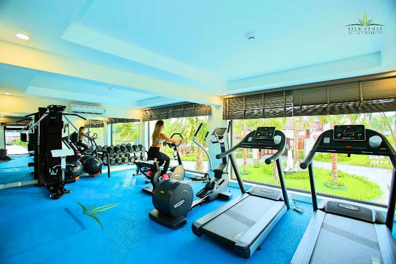 Sports and Entertainment Silk Sense Hoi An River Resort