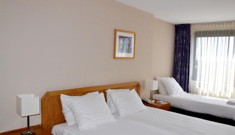 Fletcher Hotel-Restaurant Carlton - Room - 1