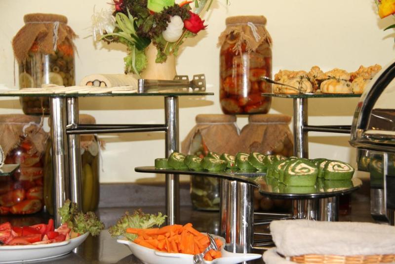 Golden Tulip Hotel Qasr Al Nasiria - Restaurant - 10
