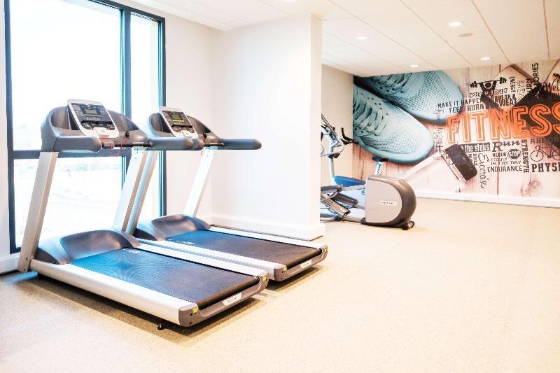 Sports and Entertainment Hampton By Hilton Aberdeen Westhill