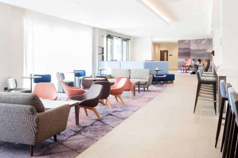 Lobby Hampton By Hilton Aberdeen Westhill