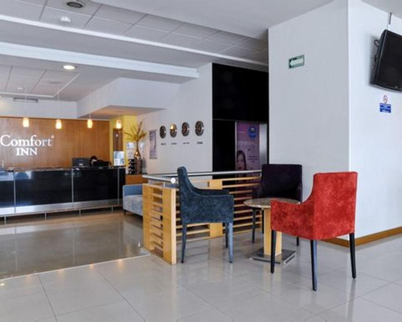 Lobby Comfort Inn Morelia
