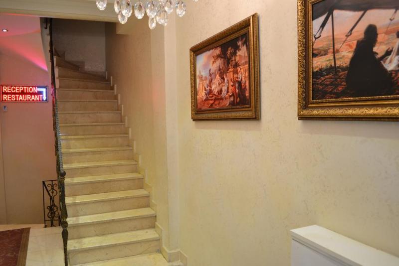 Lobby New Fatih Hotel