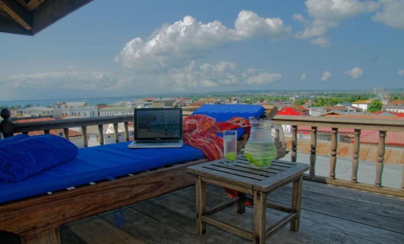 Terrace Zanzibar Palace Hotel