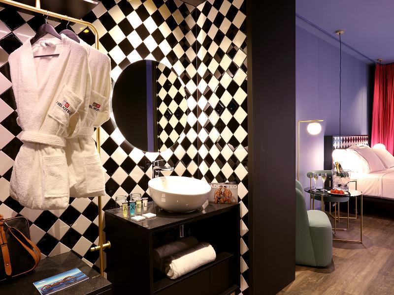 Room Axel Hotel Madrid