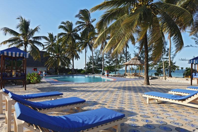 Pool Mermaids Cove Beach Resort & Spa