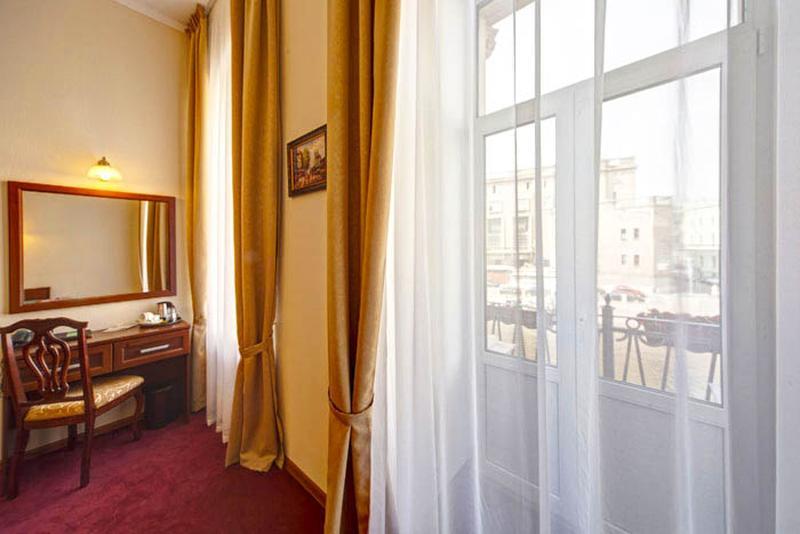 Room Solo Moyka 82