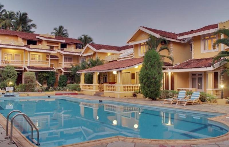 Pool Pifran Holiday Beach Resort