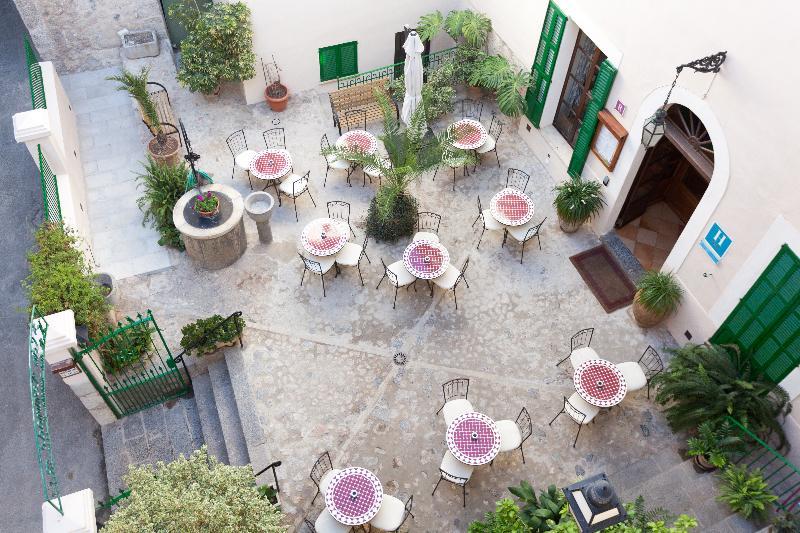 Terrace El Guia