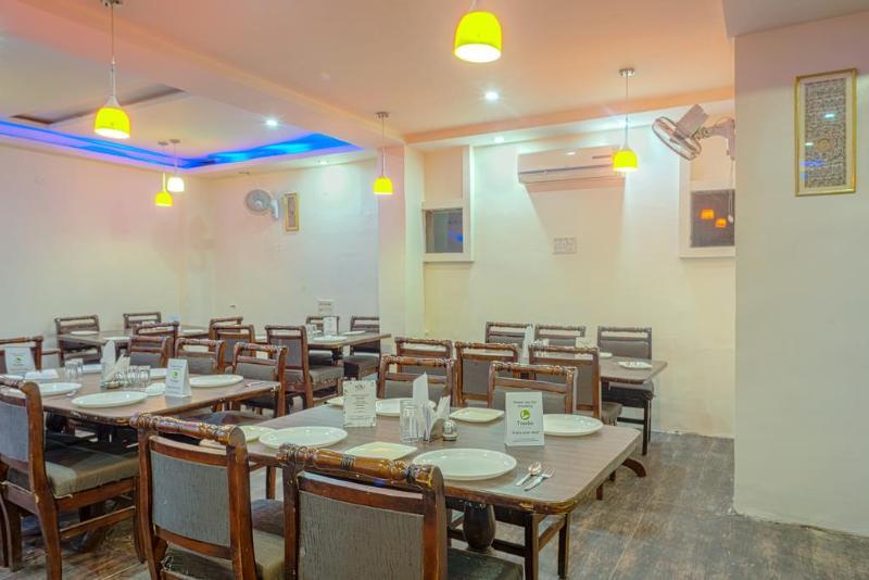 Restaurant Treebo Arihant