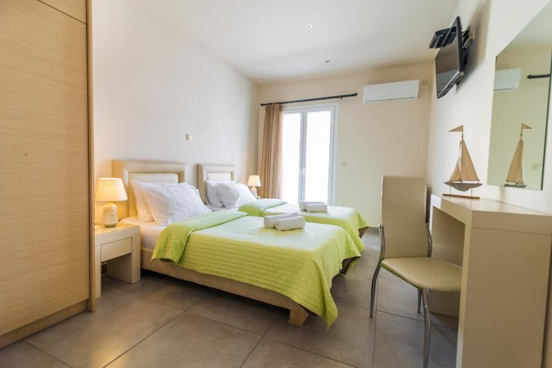 Room Kontes