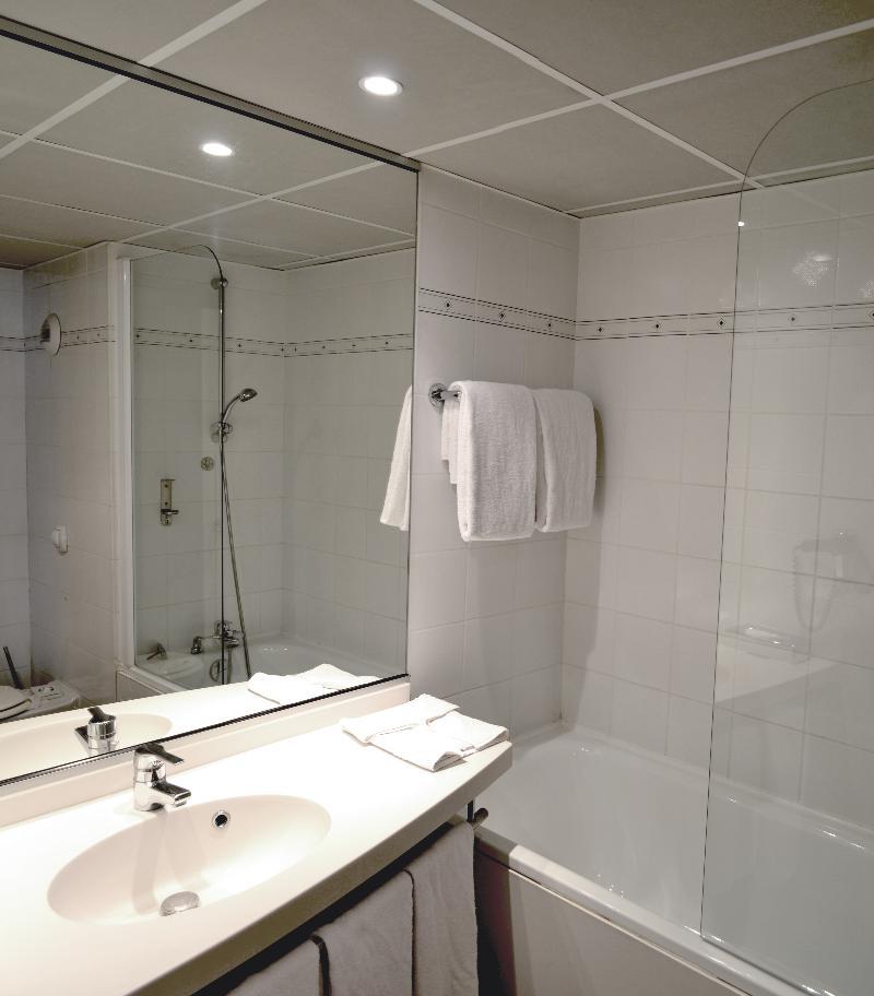 Room Art Hotel Paris Est