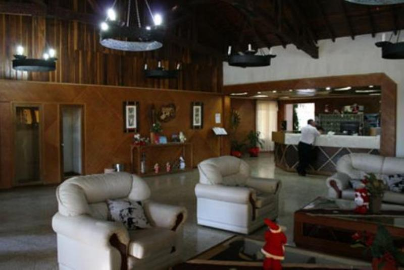 Lobby Tropical Hotel
