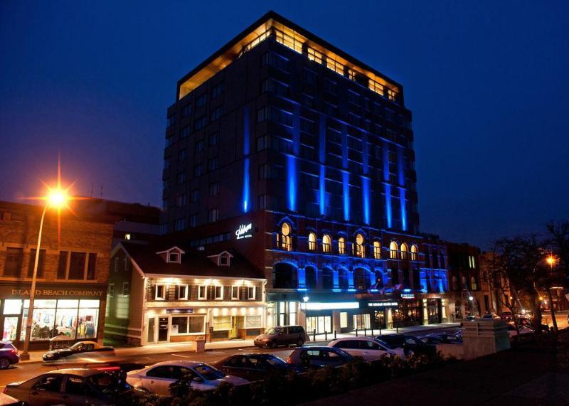 General view Holman Grand Hotel
