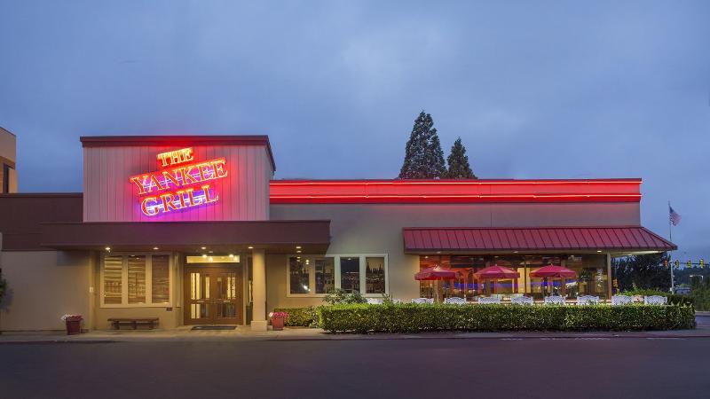 Restaurant Red Lion Hotel Conference Center Renton