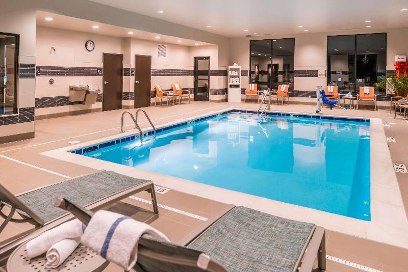Pool Hampton Inn Suites Wixom Novi Detroit Mi