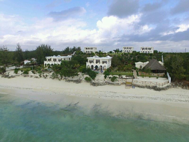 Beach Villa Serenity
