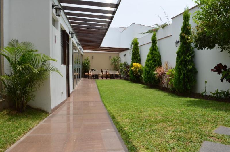 El Tambo Uno - Terrace - 13