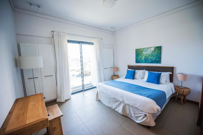 Room Residences Azuri-by Life In Blue