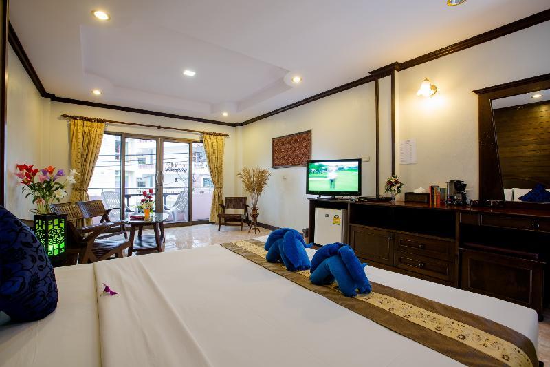 Room Baan Veerakit Guesthouse