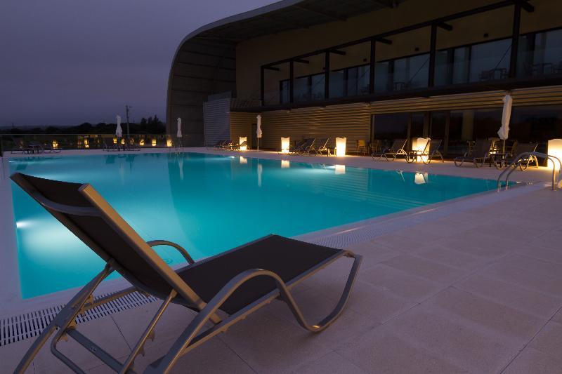 Dallah Airport - Pool - 9