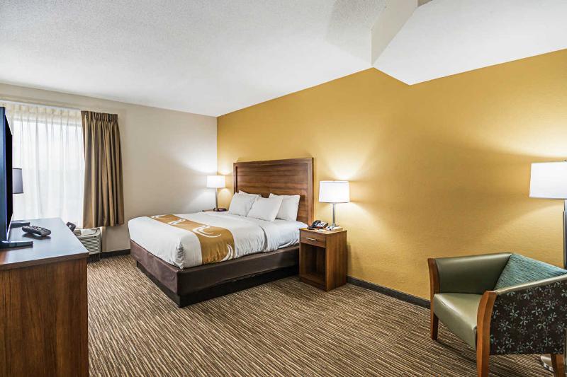 Room Quality Inn