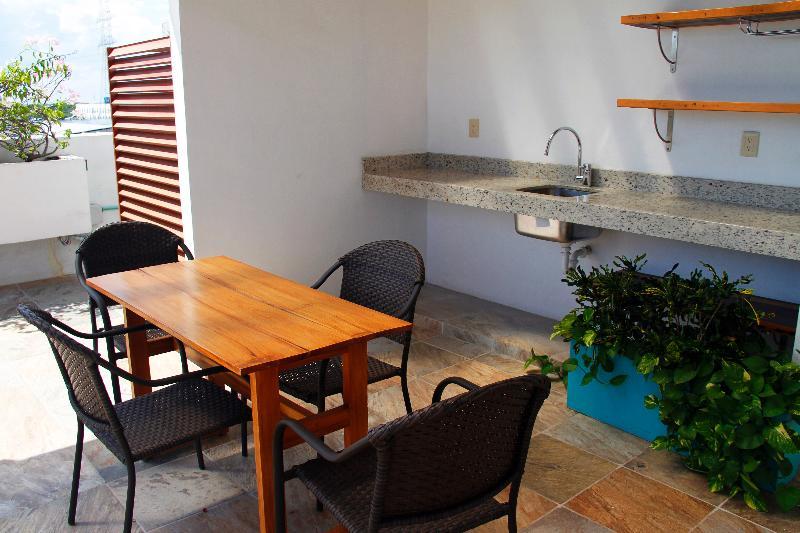 Terrace Edificio Piedra 34-40 By 5th Avenue Realty Group