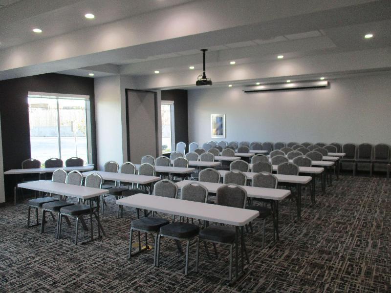 Conferences Best Western Plus Roland Inn & Suites