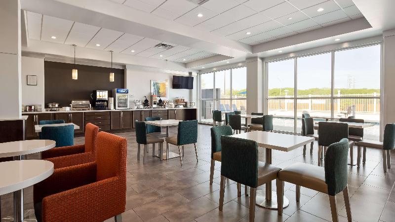 Restaurant Best Western Plus Roland Inn & Suites