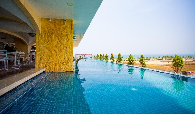 Pool Cicilia Da Nang Hotel & Spa