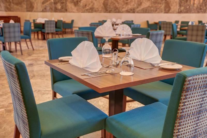Restaurant Sol Y Mar Beau Rivage