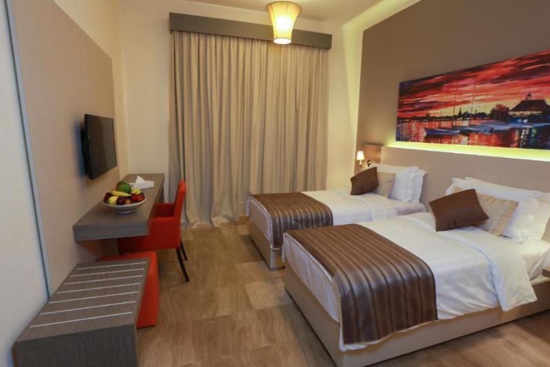 Room Sol Y Mar Beau Rivage