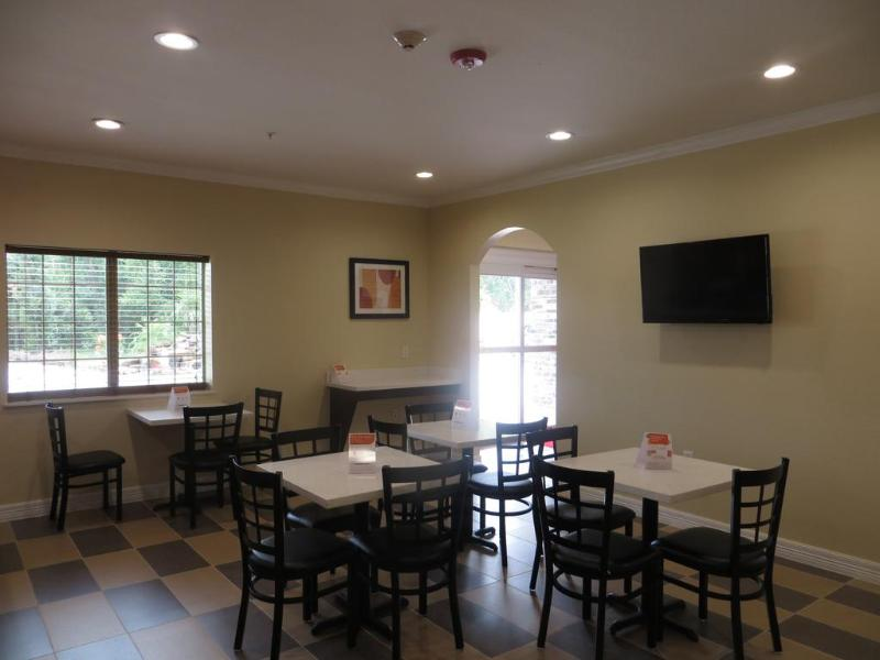 Restaurant Econo Lodge Inn & Suites