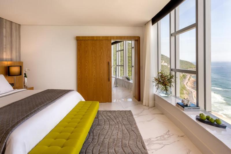 Room Red Level At Gran Melia Nacional Rio