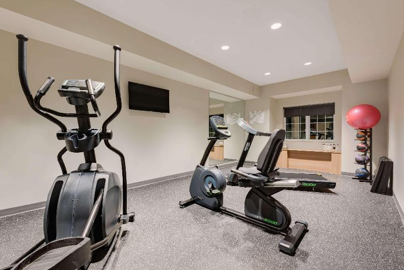 Sports and Entertainment Microtel Inn & Suites By Wyndham Clarion
